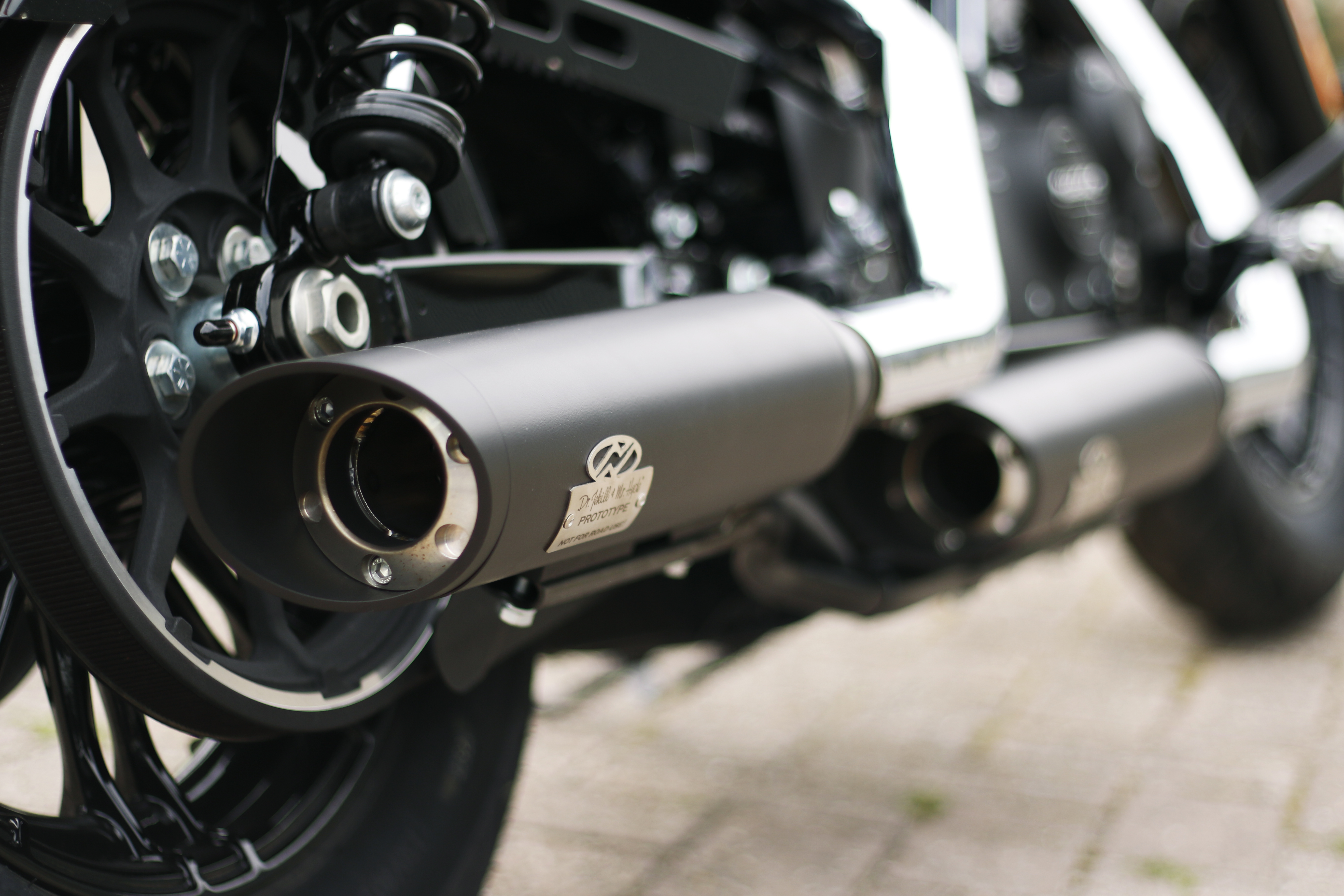 Harley Davidson Sportster Exhaust Dr Jekill Mr Hyde Electronically Adjustable Exhaust For Motorcycles Best Sound Street Legal